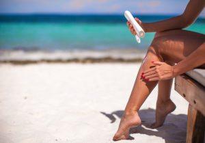 Używaj kremów z filtrem przeciwsłonecznym