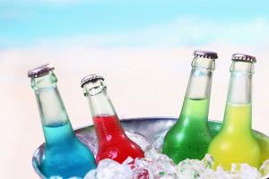 Codzienne spożywanie tych napojów zwiększa ryzyko udaru i przedwczesnej śmierci!