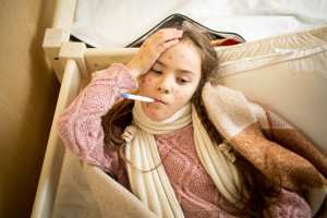 Groźna choroba znów atakuje, choć tak łatwo jej zapobiec!