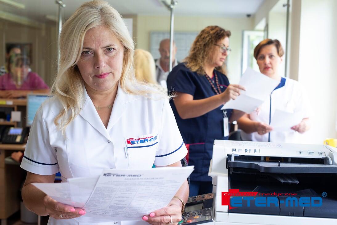pielęgniarka, szczepienia, pomoc medyczna