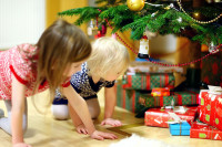 Zabawki, które nie powinny się znaleźć w worku Świętego Mikołaja! Te produkty stanowią niebezpieczeństwo dla dzieci!